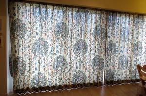 リビングの大きな窓におすすめなカーテン