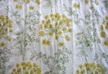 吸湿・放湿性ともに優れた麻のカーテン